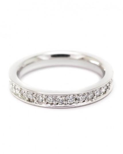 Memoryring mit Brillanten aus 18 Karat Gelbgold Steine um den ganzen Ring gefasst