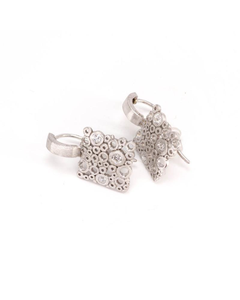 Ring mit Rubin aus 14 Karat Gelbgold